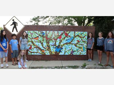 Community Ed Art Students Create A Temporary Mural Downtown