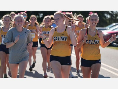 CROSS COUNTRY: Saline Girls Place 5 in Top 15 Hornet Early Bird Invite